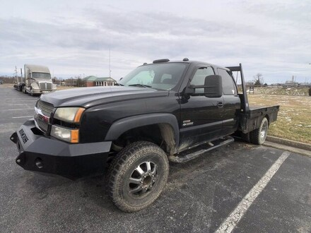 2004 Chevrolet Silverado 3500 Chassis LS Truck Extended Cab