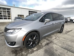 DYNAMIC_PREF_LABEL_INVENTORY_LISTING_DEFAULT_AUTO_NEW_INVENTORY_LISTING1_ALTATTRIBUTEBEFORE 2020 Chrysler Pacifica TOURING Passenger Van C20207 DYNAMIC_PREF_LABEL_INVENTORY_LISTING_DEFAULT_AUTO_NEW_INVENTORY_LISTING1_ALTATTRIBUTEAFTER