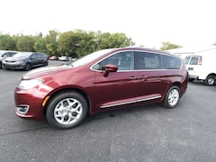 2020 Chrysler Pacifica 35TH ANNIVERSARY TOURING L PLUS Passenger Van for sale in Frankfort, KY