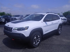 DYNAMIC_PREF_LABEL_INVENTORY_LISTING_DEFAULT_AUTO_NEW_INVENTORY_LISTING1_ALTATTRIBUTEBEFORE 2019 Jeep Cherokee TRAILHAWK ELITE 4X4 Sport Utility C19028 DYNAMIC_PREF_LABEL_INVENTORY_LISTING_DEFAULT_AUTO_NEW_INVENTORY_LISTING1_ALTATTRIBUTEAFTER