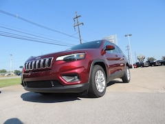 2019 Jeep Cherokee LATITUDE FWD Sport Utility for sale in Frankfort, KY
