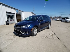 2018 Chrysler Pacifica Touring L Plus Van for sale in Frankfort, KY