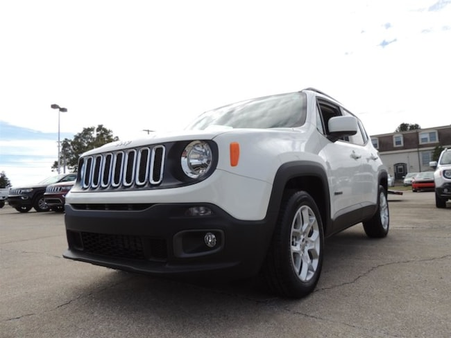 New 2018 Jeep Renegade LATITUDE 4X2 Sport Utility Frankfort