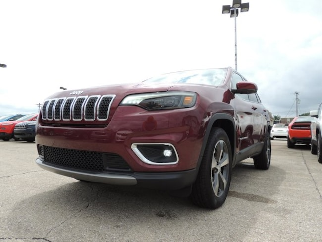 New 2019 Jeep Cherokee LIMITED 4X4 Sport Utility Frankfort