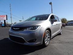 2018 Chrysler Pacifica Limited Van for sale in Frankfort, KY