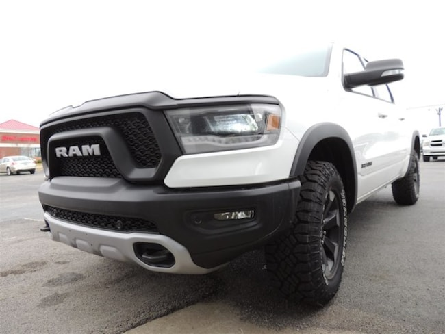 New 2019 Ram 1500 REBEL CREW CAB 4X4 5'7 BOX Crew Cab Frankfort