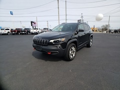 2019 Jeep Cherokee Trailhawk 4x4 SUV for sale in Frankfort, KY