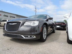 2019 Chrysler 300 TOURING Sedan for sale in Frankfort, KY