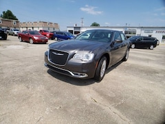 2020 Chrysler 300 TOURING Sedan for Sale in Frankfort, KY