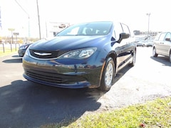 2017 Chrysler Pacifica Touring Van for sale in Frankfort, KY