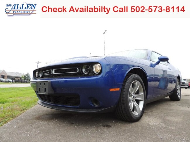 Used 2018 Dodge Challenger SXT Coupe Frankfort