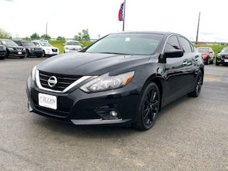 Used Vehicles for sale 2017 Nissan Altima 2.5 SR Sedan 1N4AL3AP4HC264136 in Danville, KY