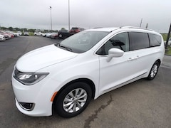 2019 Chrysler Pacifica Touring L Mini-Van for sale in Frankfort, KY
