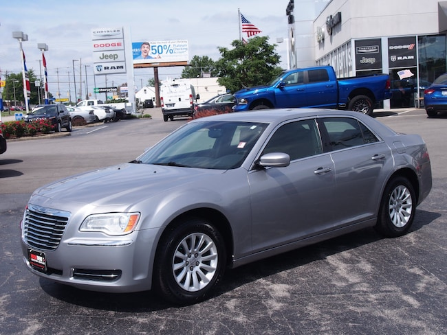Pre-Owned 2011 Chrysler 300 Base Base  Sedan in Youngstown, OH
