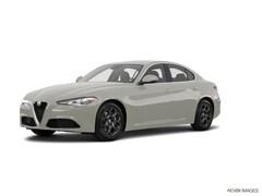 2017 Alfa Romeo Giulia Base AWD Base  Sedan ZARFAEDN5H7554749