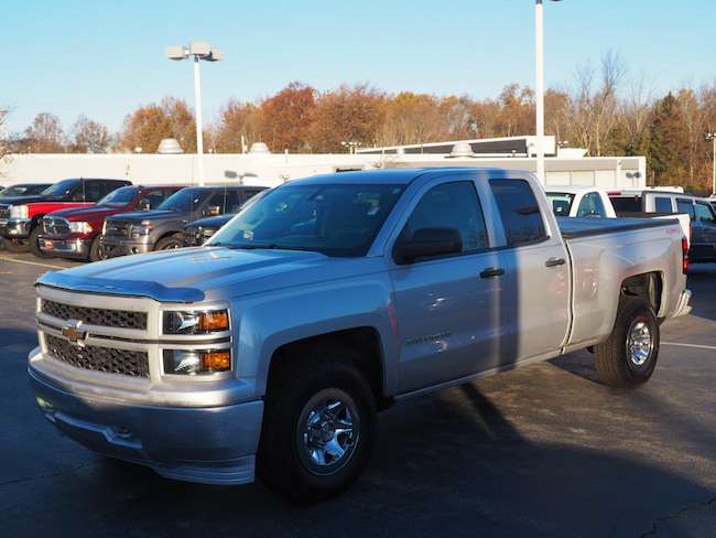 Pre-Owned 2014 Chevrolet Silverado 1500 Work Truck 4x4 Work Truck  Double Cab 6.5 ft. SB w/1WT in Youngstown, OH