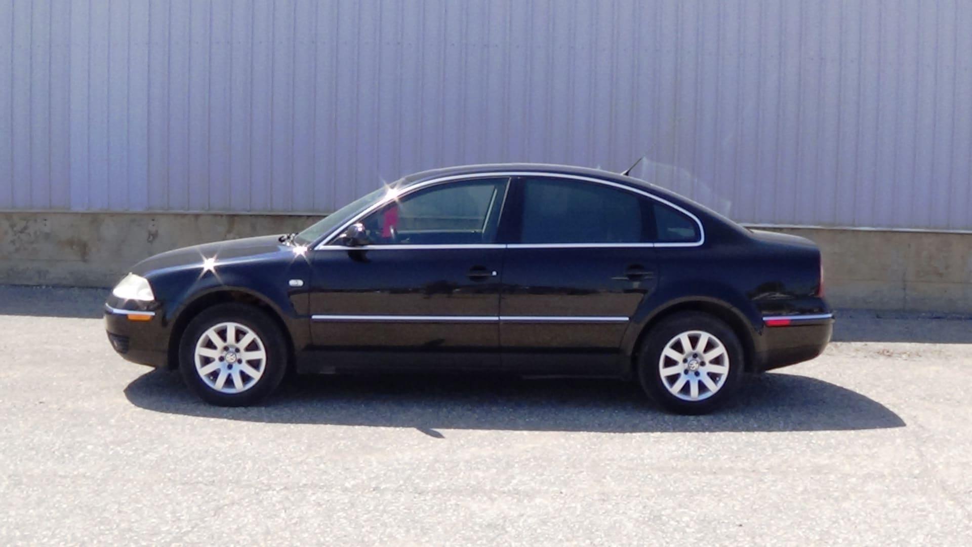 2002 Volkswagen Passat GLS Sedan