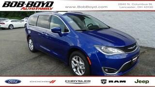 New 2019 Chrysler Pacifica TOURING PLUS Passenger Van 2C4RC1FG3KR738165 Lancaster