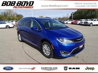 New 2019 Chrysler Pacifica TOURING L Passenger Van 2C4RC1BG3KR574647 Lancaster