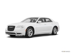 New 2019 Chrysler 300 TOURING Sedan 2C3CCAAG6KH733341 for sale in Decatur, IL
