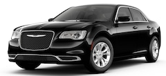 New 2019 Chrysler 300 TOURING Sedan 2C3CCAAG4KH704503 for sale in Decatur, IL