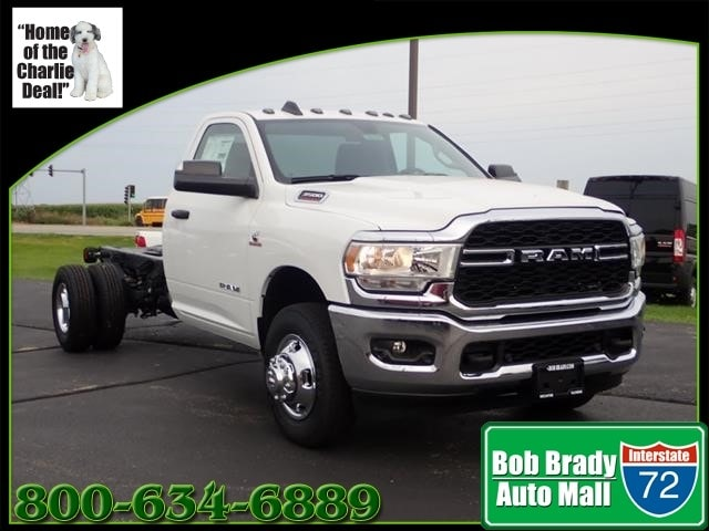 Featured New 2019 Ram 3500 Chassis Cab 3500 TRADESMAN CHASSIS REGULAR CAB 4X4 167.5 WB Regular Cab for sale in Decatur, IL
