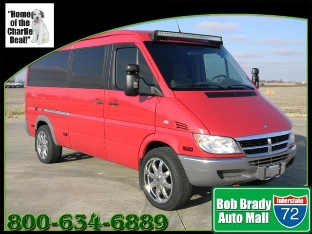 2006 Dodge Sprinter Wagon 2500 Van Passenger Van for sale in Decatur, IL