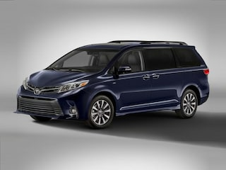 New 2020 Toyota Sienna XLE Passenger Van