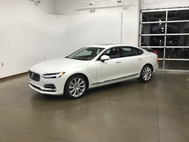 DYNAMIC_PREF_LABEL_AUTO_NEW_DETAILS_INVENTORY_DETAIL1_ALTATTRIBUTEBEFORE 2018 Volvo S90 Hybrid T8 Inscription Sedan DYNAMIC_PREF_LABEL_AUTO_NEW_DETAILS_INVENTORY_DETAIL1_ALTATTRIBUTEAFTER