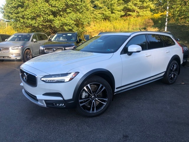 Featured new 2019 Volvo V90 Cross Country T5 Wagon for sale in Wexford near Pittsburgh, PA