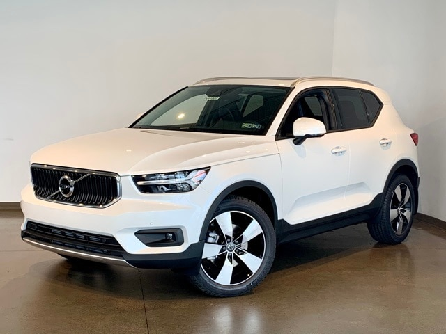 Featured new 2021 Volvo XC40 T5 Momentum SUV for sale in Wexford near Pittsburgh, PA