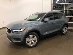 New 2020 Volvo XC40 T4 Momentum SUV for sale in Wexford near Pittsburgh, PA