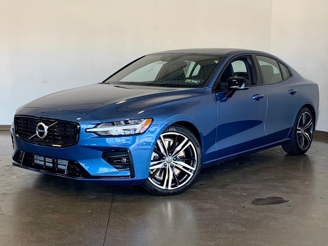 Featured new 2021 Volvo S60 T6 R-Design Sedan for sale in Wexford near Pittsburgh, PA