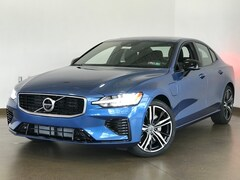 New 2020 Volvo S60 Hybrid T8 R-Design Sedan for sale in Wexford near Pittsburgh, PA