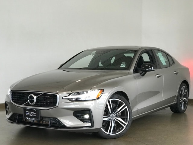 Featured Pre-owned 2019 Volvo S60 T6 R-Design Sedan for sale in Wexford near Pittsburgh, PA