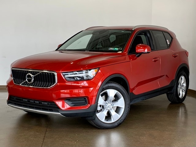 Featured Pre-owned 2020 Volvo XC40 Momentum SUV for sale in Wexford near Pittsburgh, PA