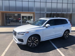 New 2020 Volvo XC90 T6 Momentum 7 Passenger SUV for sale in Wexford near Pittsburgh, PA