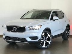 New 2020 Volvo XC40 T5 Momentum SUV for sale in Wexford near Pittsburgh, PA