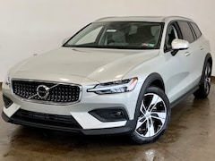 New 2021 Volvo V60 Cross Country T5 Wagon for sale in Wexford near Pittsburgh, PA