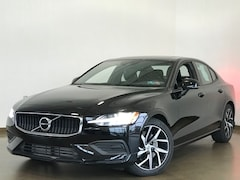 Pre-Owned 2020 Volvo S60 T5 Momentum Sedan for Sale in Wexford near Pittsburgh, PA