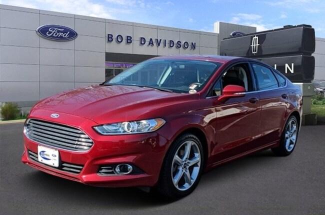 2015 Ford Fusion SE Sedan