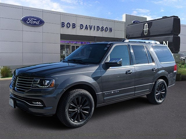 2016 Lincoln Navigator Select 4WD  Select
