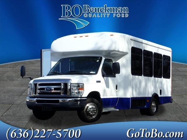 2010 Ford E-350 Cutaway Base Shuttle Bus