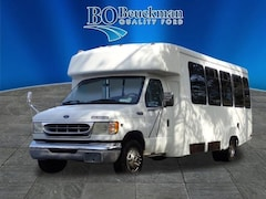 2002 Ford E-450 Shuttle Cab/Chassis for sale in St. Louis, MO