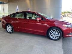 Certified used 2015 Ford Fusion SE Car for sale near St. Louis, MO