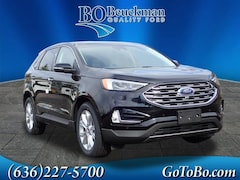 2020 Ford Edge Titanium SUV for sale in the St. Louis area
