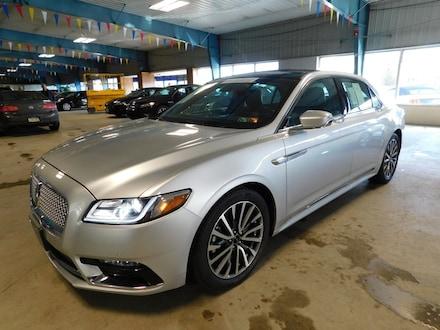 2017 Lincoln Continental Select AWD Sedan