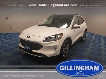 2020 Ford Escape Titanium AWD w/ Panoramic Roof! SUV