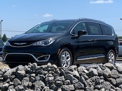 New 2019 Chrysler Pacifica TOURING L PLUS Passenger Van for sale in Coldwater MI