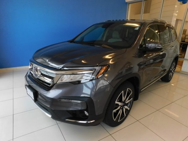 New 2019 Honda Pilot Elite AWD SUV in Peoria, IL